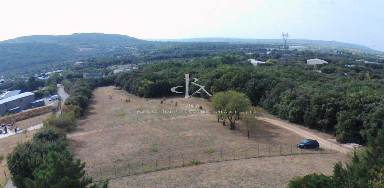 Exclusivité – Terrain industriel de 17 681 m²