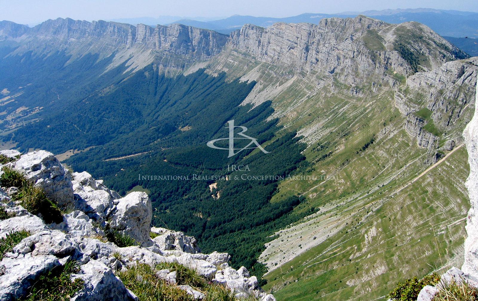 Domaine de 450 hectares dans le Vercors…