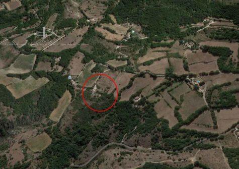 Villa + Dépendances avec terrain de 11 689 m²